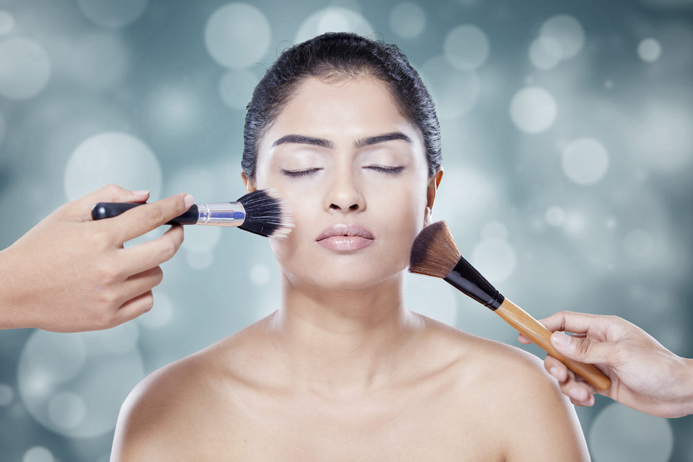 How to Make Makeup Last All Day