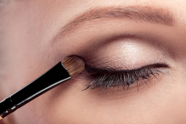 How to Pick Eyeshadow Color