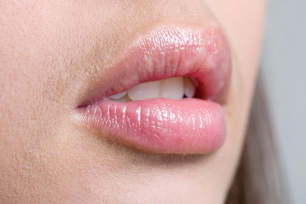 Use Coconut Oil for Chapped Lips