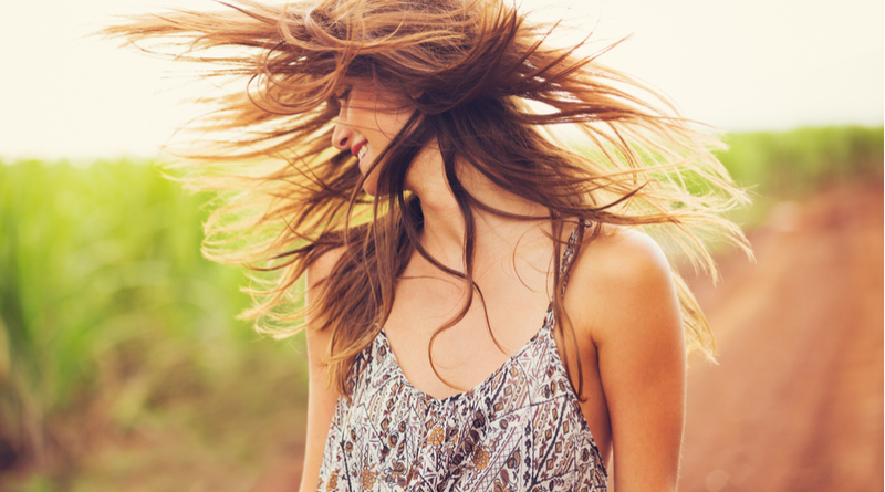 Air-dry Your Hair Like a Pro, Say Goodbye to Frizz