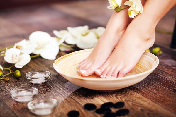 Treating Dry Cracked Feet