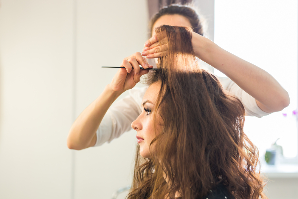 Keratin treatment ensures easy-to-style hair, cutting down hair drying time to up to 60%!