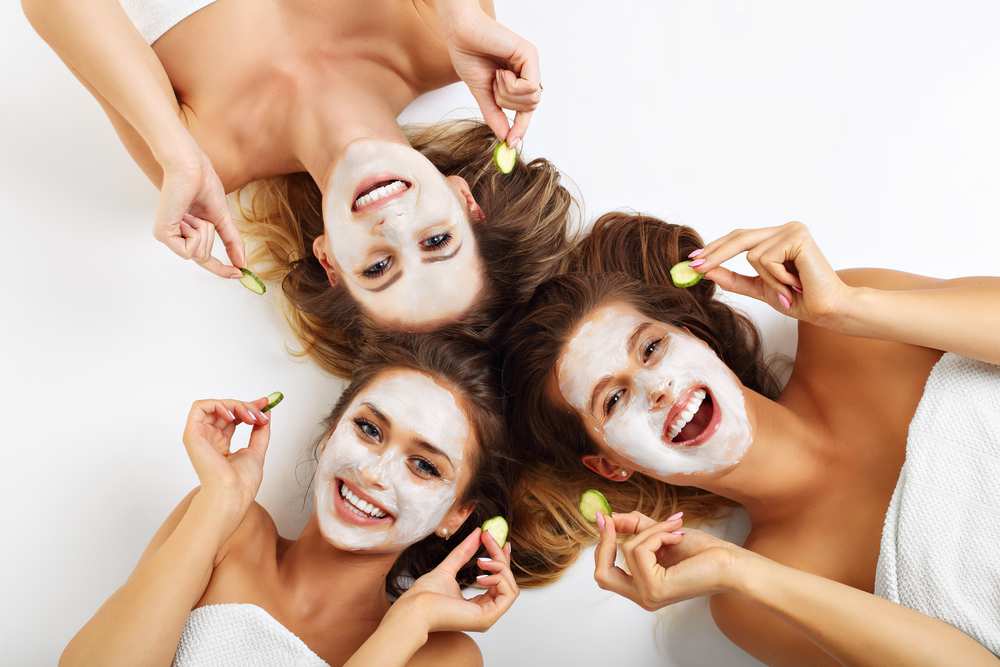 Why go out to salons in monsoons when you can bring the salon home with AtHomeDiva!