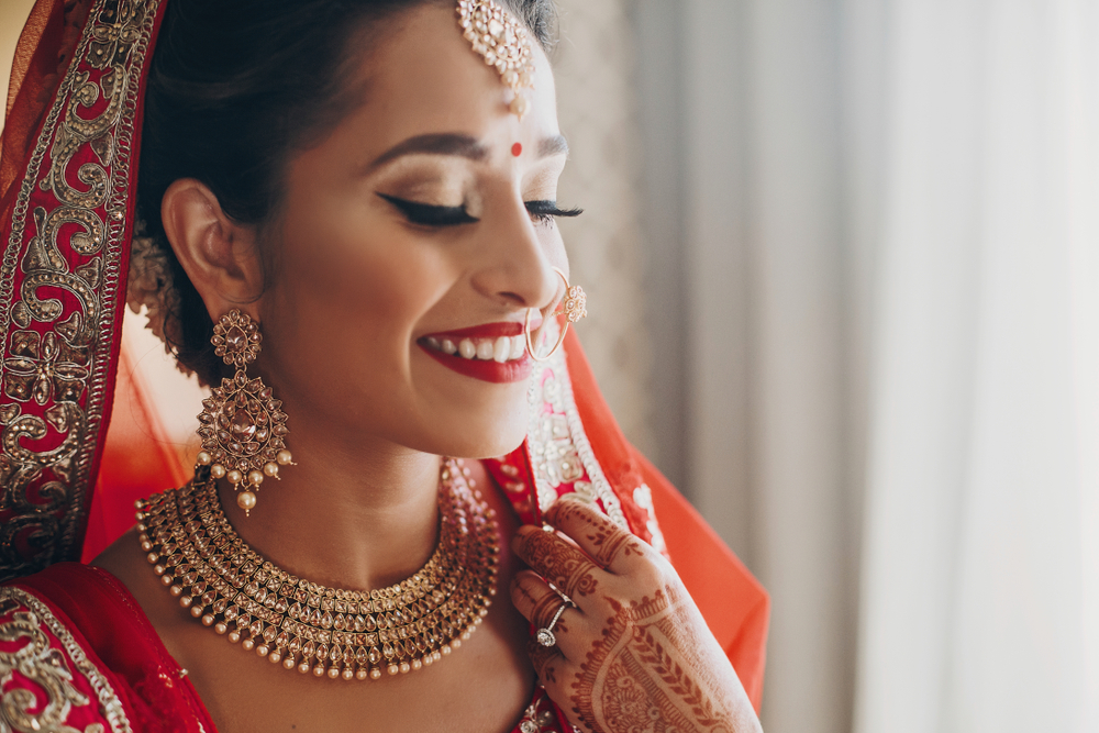 Ready, steady, GLOW! For the big day, look your gorgeous best!
