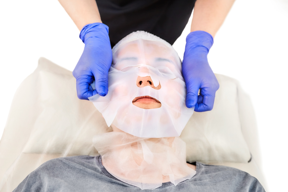 Detoxify your skin with facials